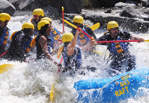 Students white water rafting - 20 - 487 x 335