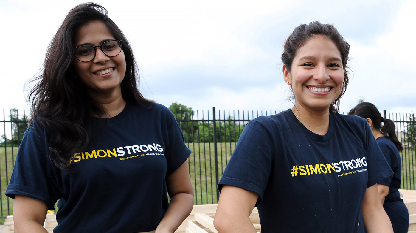 NEWS: Simon Business School grads help Habitat for Humanity build frames for home