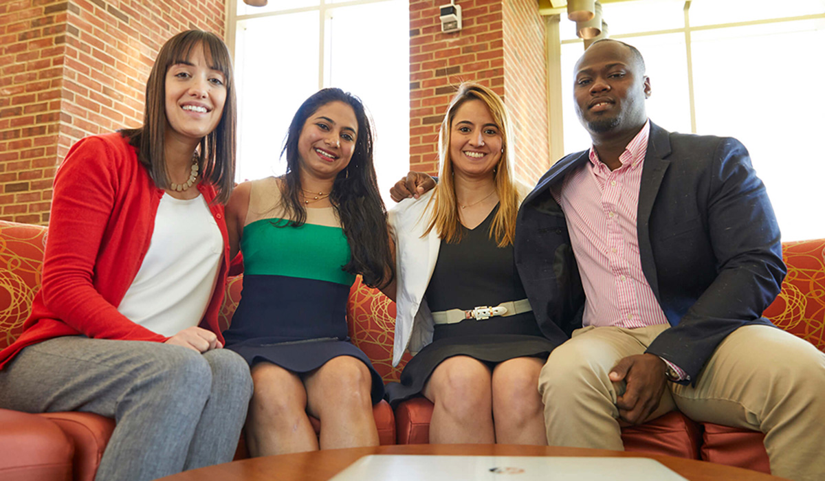 Simon Business School Full-Time MBA Students on campus at the University of Rochester.